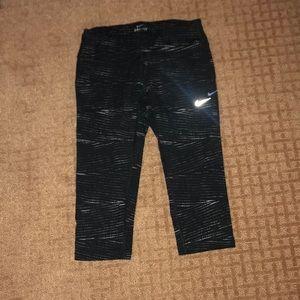 Nike Dri-Fit crop legging. Worn condition.